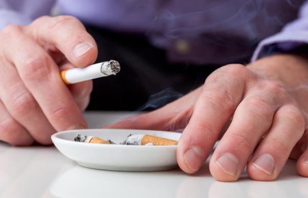 Begini Cara Rokok Mengganggu Kesuburan Pria