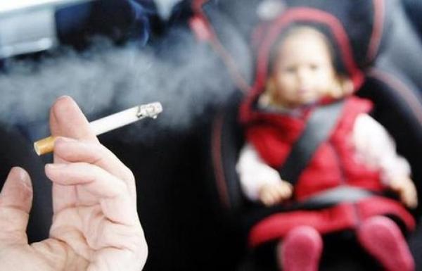 Surat Terbuka untuk Perokok Aktif yang Tak Tahu Tempat untuk Menghisap