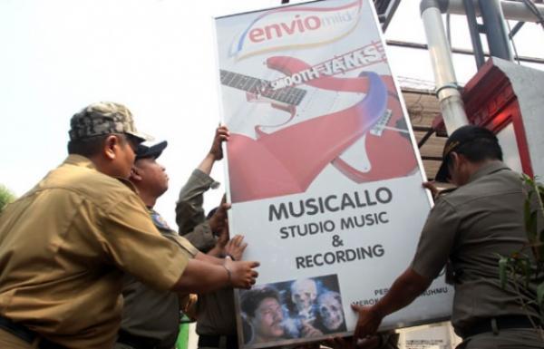 Pelarangan Iklan di DKI Berkah atau Musibah di Detabek?