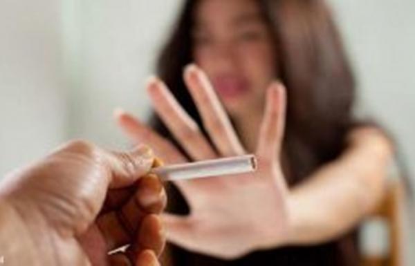 Survei: Mayoritas Perempuan Menolak Perokok
