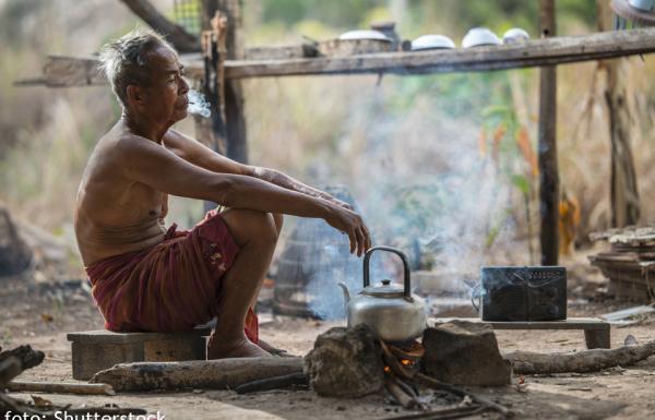 Rokok Penyumbang Kemiskinan di Jambi
